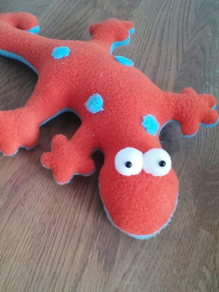 Make A Gecko Soft Toy
